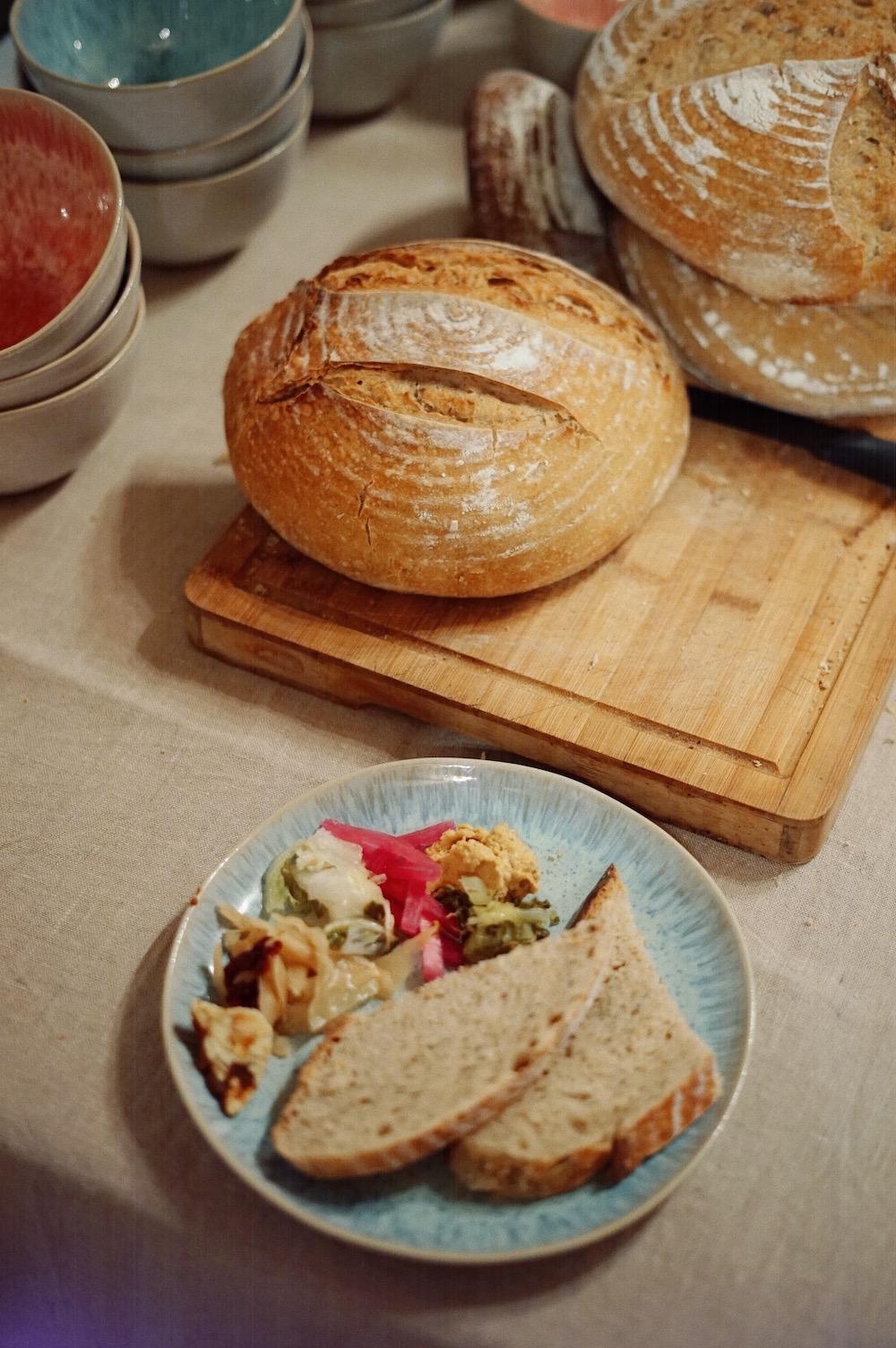 sourdough bread with ferments